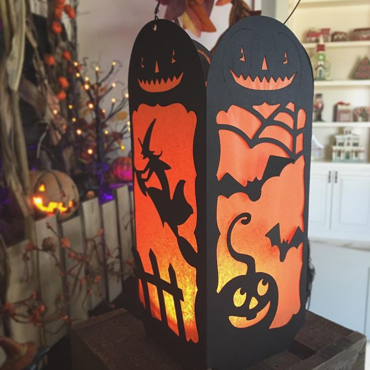 #tbt Throwback Thursday! Have you ever made the Vintage Lantern from our Midnight Jamboree SVG Kit? ✂️ #halloweencrafts