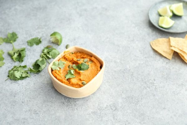 Roasted Carrot-Jalapeno Salsa with Pepitas Recipe - a low FODMAP, healthy option for Super Bowl, game day entertaining. No tomatoes and can be made nightshade-free! | www.feedmephoebe.com