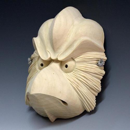 Japanese-Noh-Mask-Karasu-Tengu-made-by-wooden-sculpture-by-skilled-craftsman