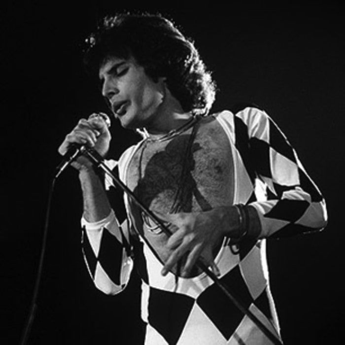 The Glorious Corner: Freddie Mercury Bio Pic, Fleetwood Mac at Classic West, Megyn Kelly's New Show and More! |