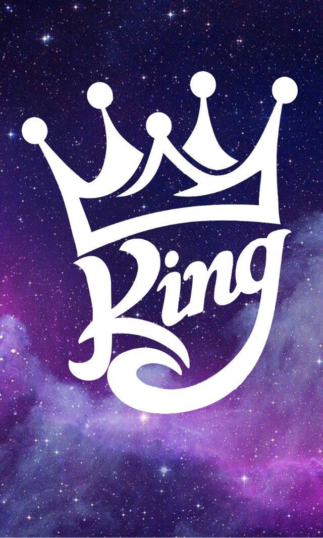 مجموعة من الرسوم التوضيحية ناقلات واقعية الأميرة تاج فنية أيقونات التاج الملكي الذهبي ملك Png والمتجهات للتحميل مجانا In 2021 Crown Illustration Jewelry King Royal Crowns
