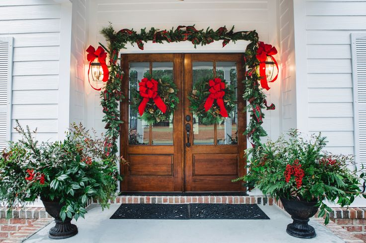 Traditional Christmas Garland + Wreaths with Pine Cones Red Velvet Ribbon | By Colonial House of Flowers | Photo By Izzy Hudgins | Park Hill Collection + Lion Ribbon | Statesboro, Georgia