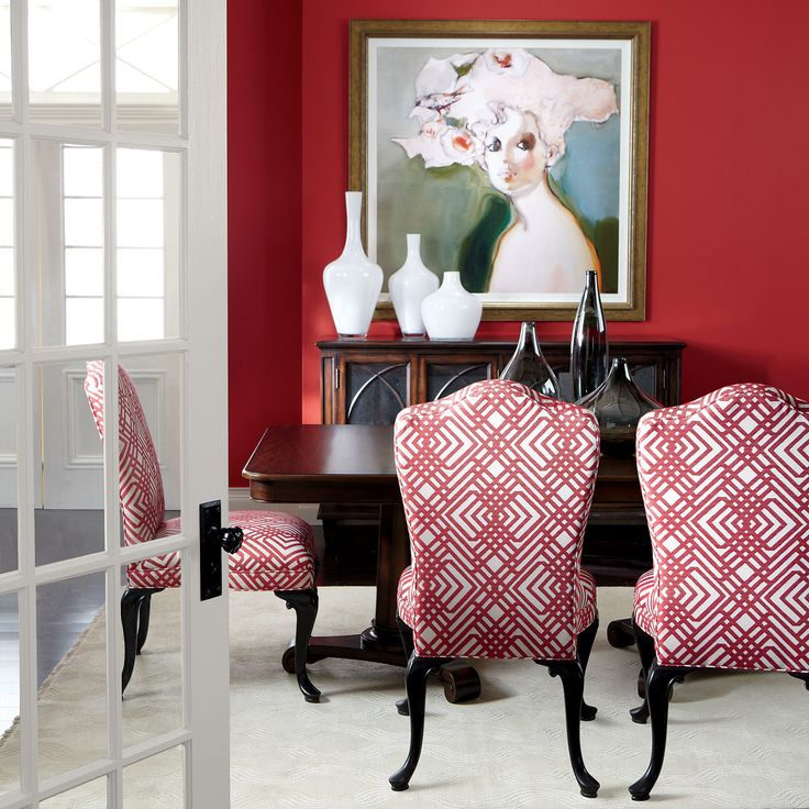 Our large milk glass vases pop in this bright dining room! #milkglass #vase #ethanallen #dining