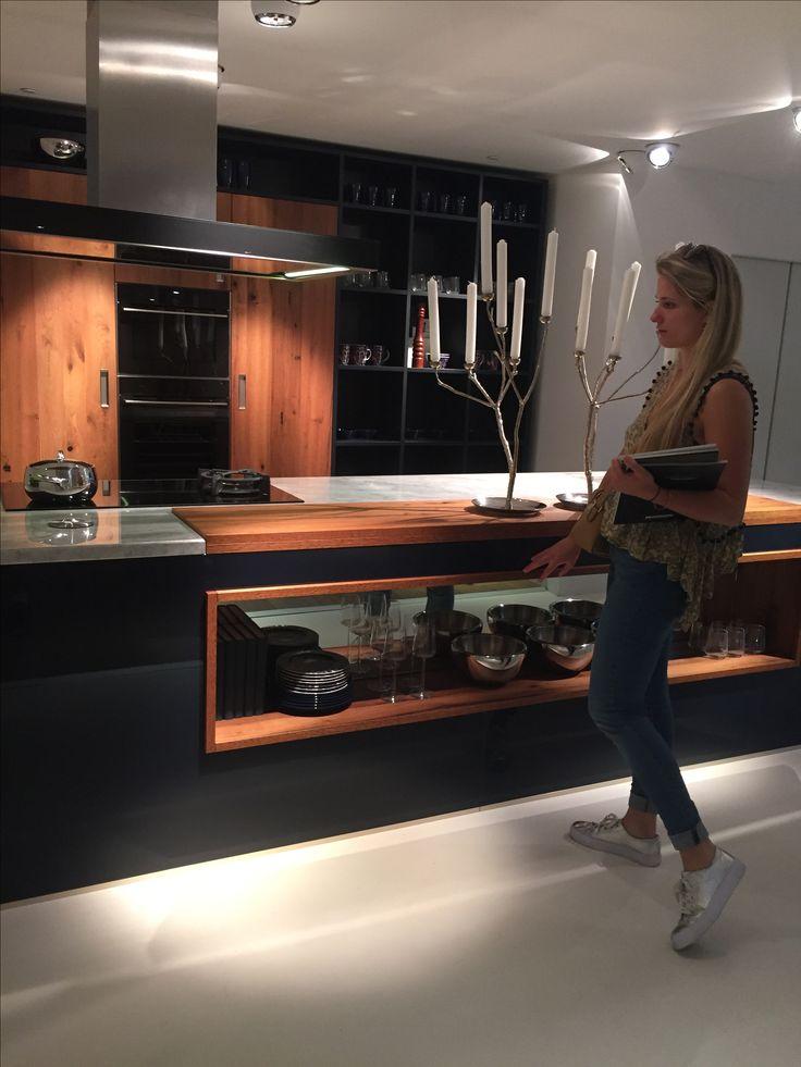 Next125 kitchen with girlfriend