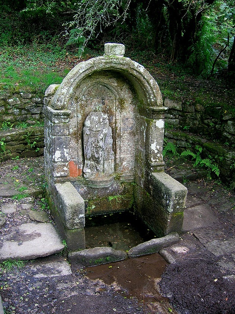 Le Faouet : Fontaine Sainte Barbe