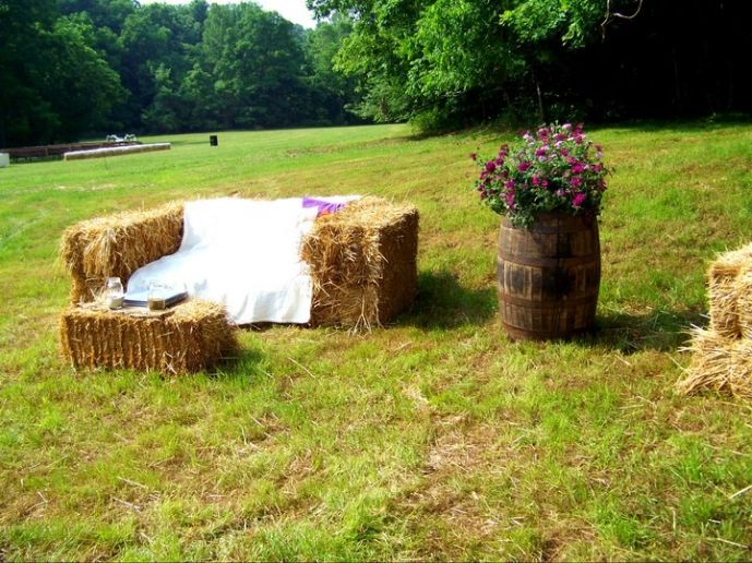 25+ Best Ideas About Hay Bale Couch On Pinterest