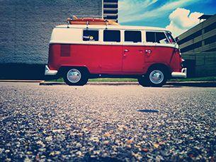 """A SurfinPortugal tem seis carrinhas """"pão de forma"""" que podem ser alugadas para surf trips Foto: Jason Parks /Flickr"""