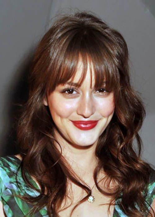 25 franjas desfiadas e várias dicas sobre como combinar de acordo com o tipo de rosto e comprimento da franja! http://salaovirtual.org/franja-desfiada/ #cortefeminino #franjadesfiada #salaovirtual