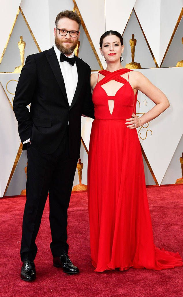 Seth Rogen & Lauren Miller from Oscars 2017: Red Carpet Couples  The hilarious couple makes a stylish statement.