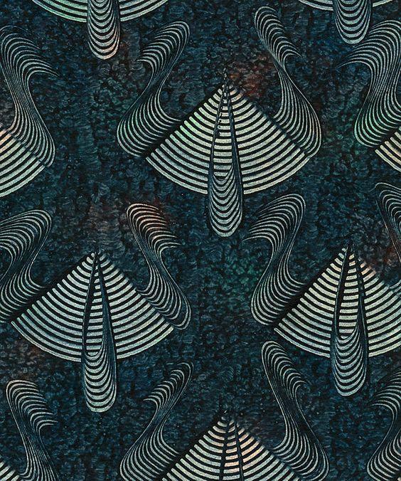 Kleisterpapier ist eine Untergruppe von Buntpapier. Unter Kleisterpapier versteht man ein Papier, dessen Oberfläche mit Hilfe von gefärbtem Kleister veredelt wurde. Die Kleisterpapier-Technik ist eine äußerst vielseitige Methode zum Dekorieren von Papieren und zählt zu den elementaren Techniken der Buntpapierherstellung. Ihren Ursprung hat sie in Deutschland und erfuhr hier auch ihre größte Verbreitung. Im Gegensatz zu auf Wasser oder Schleimgrund marmoriertem Papier immer direkt auf der…