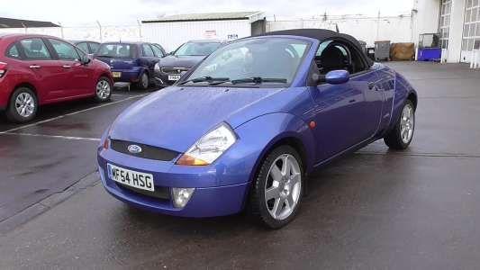 Used 2004 (54 reg) Blue Ford Streetka 1.6i Luxury 2dr for sale on RAC Cars