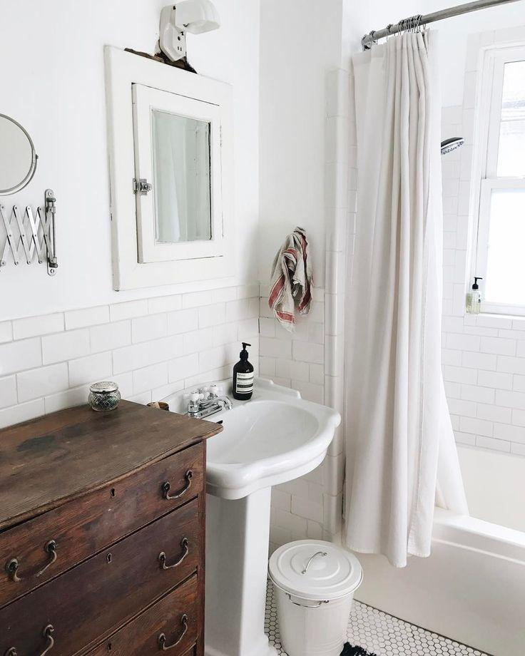Cozy farmhouse bath. Au natural chest.