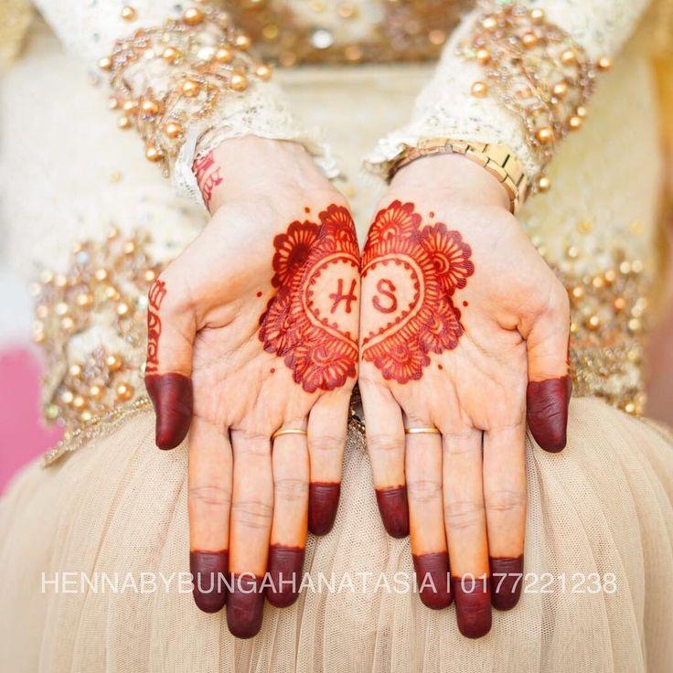 Part paling best dapat gambar hasil henna kite dari pantin  . Seronok dye macam tak tahu nak cakap macam mane  . Thank you sesangat pada Syasya sudi share gambar  . Selamat pengantin baru  . . . . . Direct whsp 0177221238 #inai #inaimerah #inaicelup #inaipengantin #henna  #hennatattoo #hennaart  #hennaartist #hennadesign #hennalove #hennainspire #pengantin #pengantinbaru #inaipengantin #inaitunang #inaihalal #inaihomemade #inaijbmurah #inaijb #hennabybungahanatasia #hennabyme #ilovemyjob…