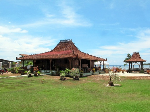 KARIMUNJAWA , JAVA'S ONE-AND-ONLY ISLAND PARADISE . The fl avour of Java- the Amore restaurant housed in a traditional J...
