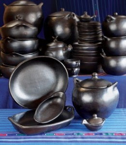 La Chamba Clay Cookware.  In a small Colombian village called La Chamba everyday life revolves around ceramics. The unique cooking and serving vessels that they make are not only extraordinarily beautiful but are microwave, oven, stovetop and refrigerator safe. The micaceous clay is perfect for cooking succulent stews, aromatic soups and melt-in-your-mouth casseroles. La Chamba products have received a lot of international recognition and were featured in the New York Times gift giving…
