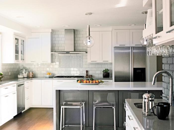 Kleine Küchen Einrichten In U Form Deko Und Design, Grau Und Weiß,  Steinwand,