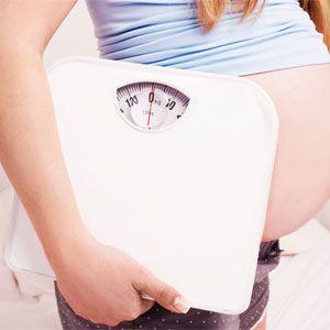 Chaque femme qui donne naissance à son premier enfant ressent souvent un stress moral quant à la vitesse où elle retrouvera son poids d'avant grossesse. Pourtant, le corps a des besoins qu'on ne doit pas négliger surtout si on décide de poursuivre avec l'allaitement.
