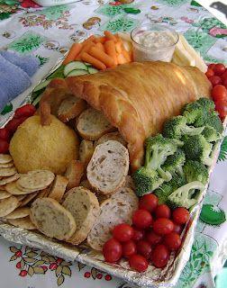 Bread Cornucopia Recipe & How-To ~ Yummy Centerpiece or Thanksgiving Dinner!