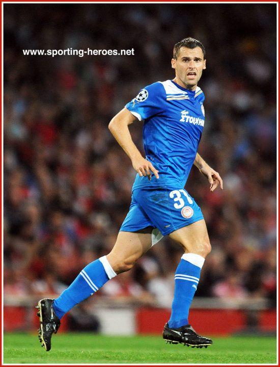Pablo ORBAIZ - Olympiacos - UEFA Champions League 2011/12 Group F.