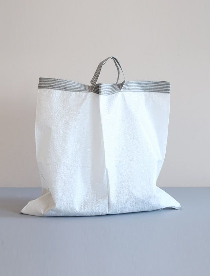 everyday needs - fog linen - linen handle shopping bag