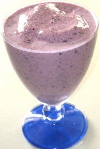 Blood Type O: Blueberry Banana Smoothie 1 cup blueberries 1 frozen banana, peeled 1 cup almond milk Blend all ingredients, pour into a cup and enjoy!