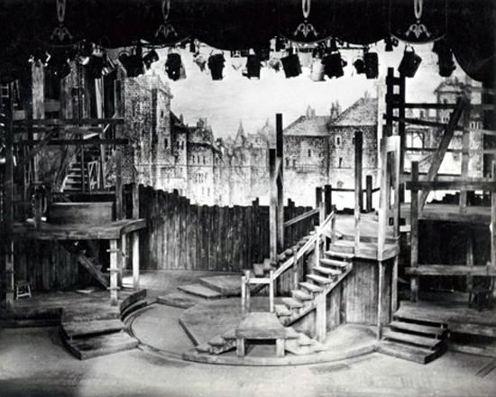 Oliver. New Theatre, London. Scenic design by Sean Kenny. 1960
