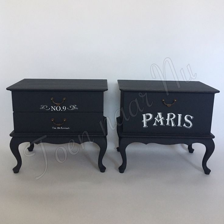Stoere industriele nachtkastjes met franse tekst