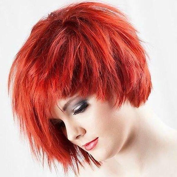 Feurige Shades, um einen extrem heißen Look für kurzes Haar zu schaffen,  Cascading Red Passion0 , Kurze Frisuren #hairstyle #hairstyles #naturalhai…