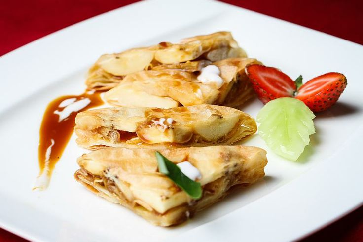 Kick your holiday with Kluay Khanom - pan fried sweet banana in pastry @Mingu Kang Ubud