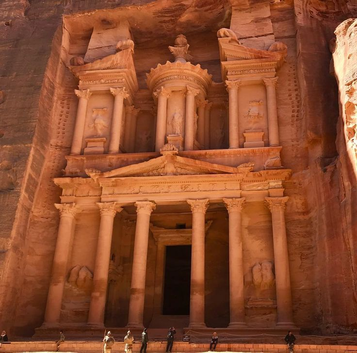 The reward at the end of the trail #petratreasury. Im in awe of this historic place. Its been on my bucket list to see for as long as I can remember. I was not disappointed @visitjordan @myjordanjourney Whats really surprising is how vast this whole historic site.  Seeing the treasury is just a drop in the bucket.  I will post more photos later I cant feel my legs right now from all the walking  especially after walking down the 800 steps from the monastery.  Btw I rode the donkey up which…