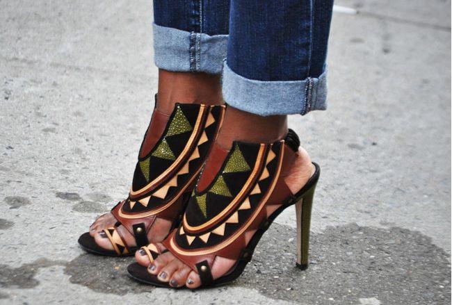 geometric print tribal heels                                                                                                                                                                                 Mais