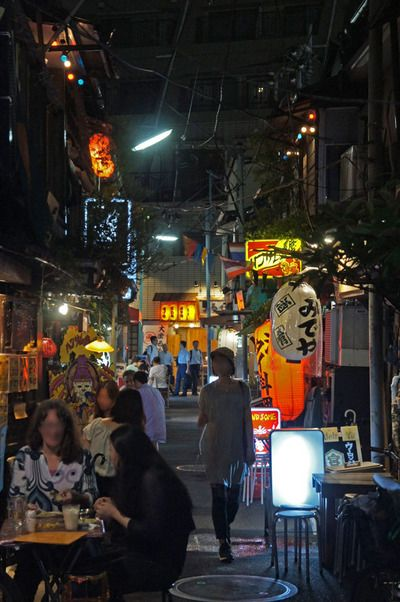 夜散歩のススメ「西荻窪、柳小路」 東京都杉並区