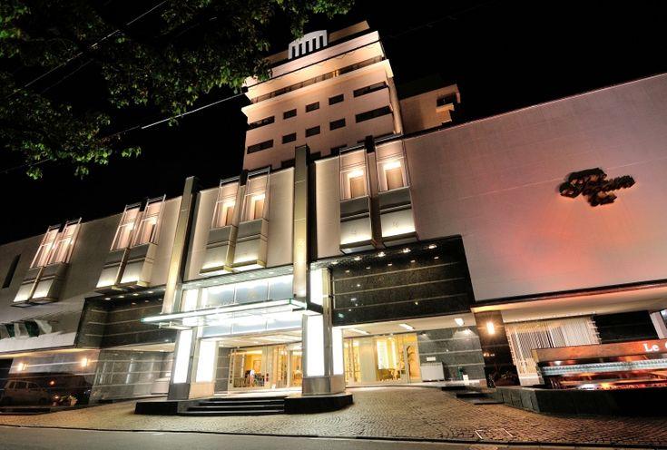去年ほど出費がかさまなかったので。 国内旅行×2 #ホテルニュータガワ #小倉 #福岡 #西鉄ホテル #クルーム博多 #JAL http://mari.tokyo.jp/jonan/travel-2/