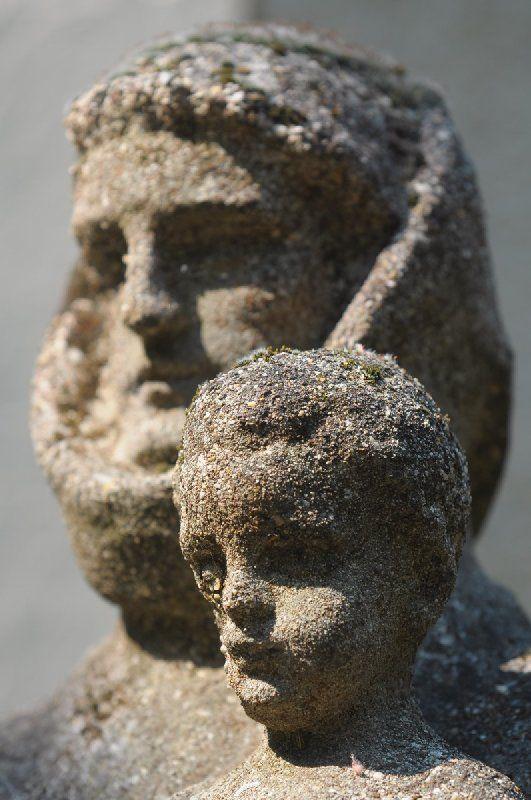 Statue/Szent Antal Szobor