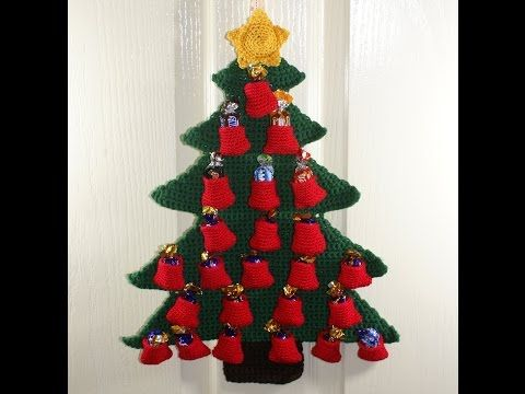 How To Make A Crochet Christmas Tree Advent Calendar - The Pockets (3) - YouTube