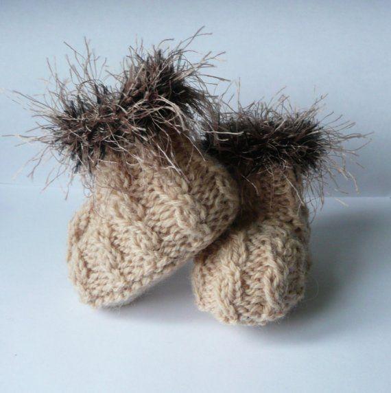 Baby-Boots-Knitting-Pattern