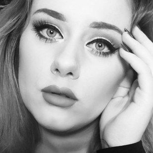The resemblance is insanely uncanny. | This Woman Transformed Herself To Look Exactly Like Adele And It's Uncanny