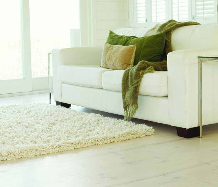 Új szőnyeg kiválasztásánál fontos szempont a stílus, az anyag és a szín.  http://szonyegplaza.hu/hogyan_valasszuk_ki_szonyegunket_33