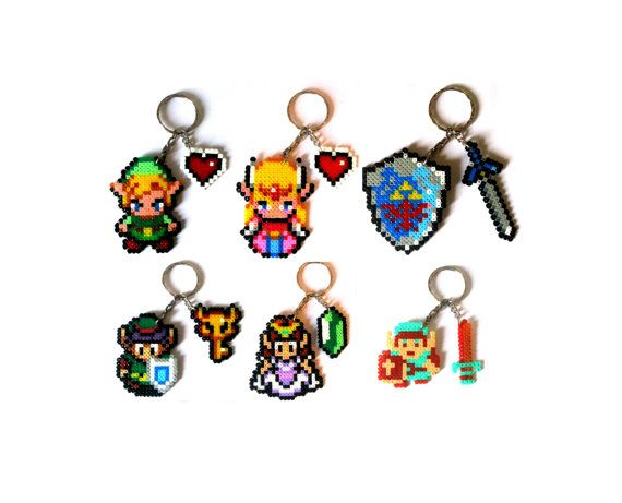 HAMA Keychains,brooches,magnets or pendants from The Legend of Zelda videogames saga, 8Bits style: - Link + Heart (Minish cap) - Link + Boss