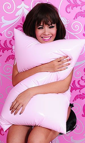 DIY doesn't get much simpler than this. Make a pink PVC pillowcase. . DIY the look yourself: http://mjtrends.com/pins.php?name=pvc-for-pillowcase,jpg