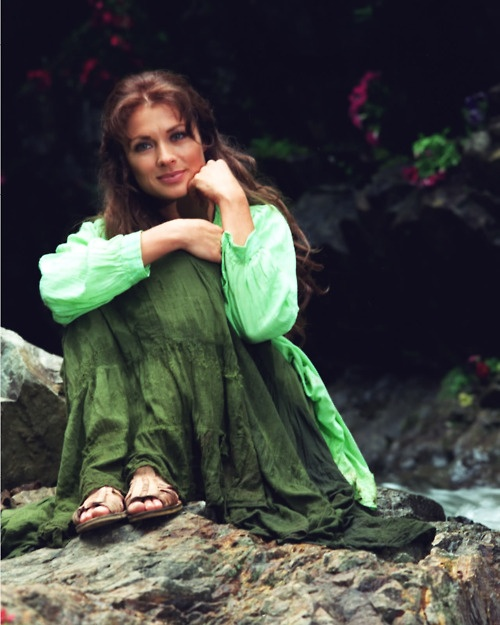 Leticia Calderon, beautiful, woman, lady, hair, eyes, wow, lady, esmeralda, telenovela, green, smile