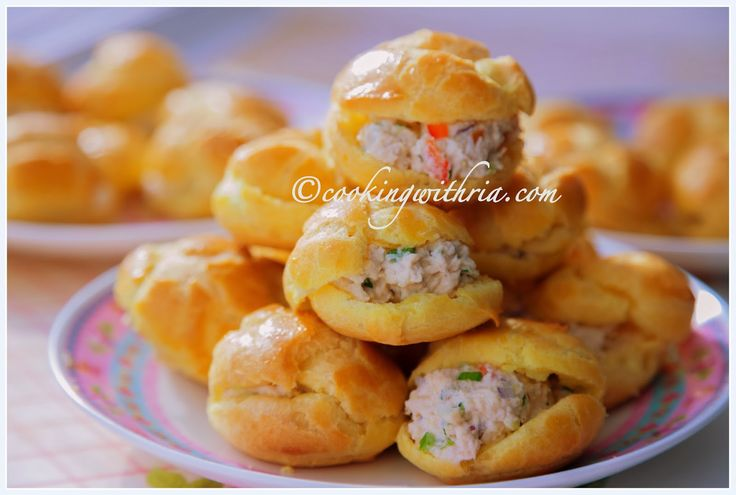 Cooking with Ria: Ria's Trinidad Chicken Puffs
