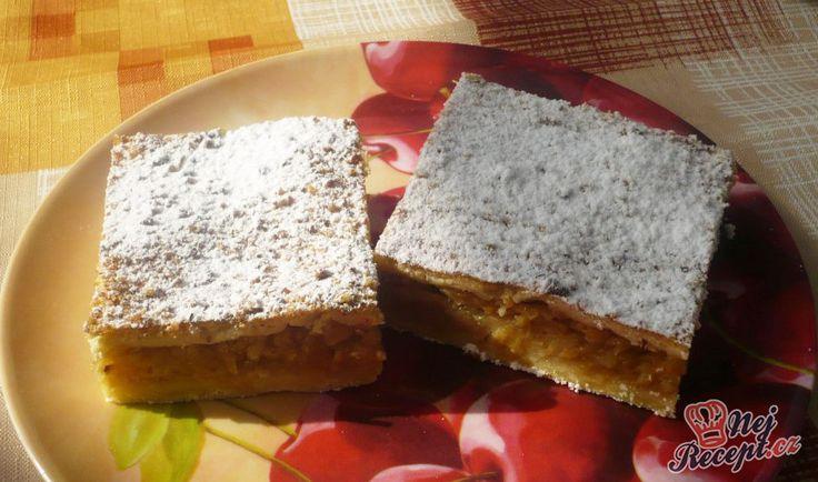 NapadyNavody.sk | 14 najlepších receptov na jablkové koláče, na ktorých si určite pochutnáte