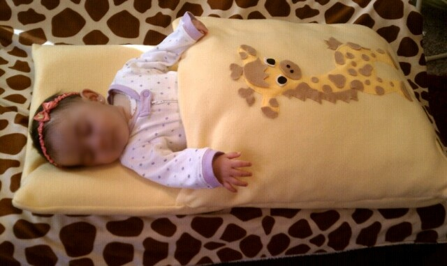 Sweet Little Bakers: DIY Projects  Nap mat, my little one loves it. she sleeps really well on this