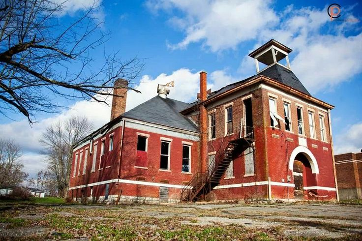 97 best images about abandoned indiana buildings on for Barn home builders indiana