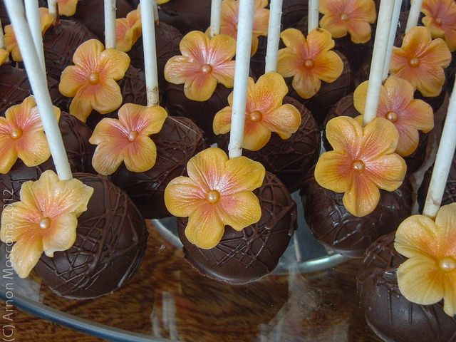 Cake pop tropical wedding.  For your car & bike hire in Rarotonga visit www.polynesianhire.co.ck
