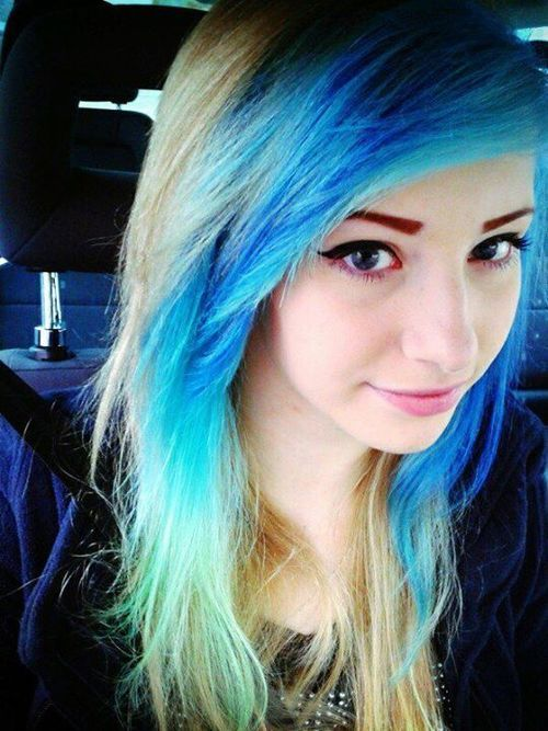 #Scene #Hair Dying Turquoise And Pink http://stg.do/H6qe