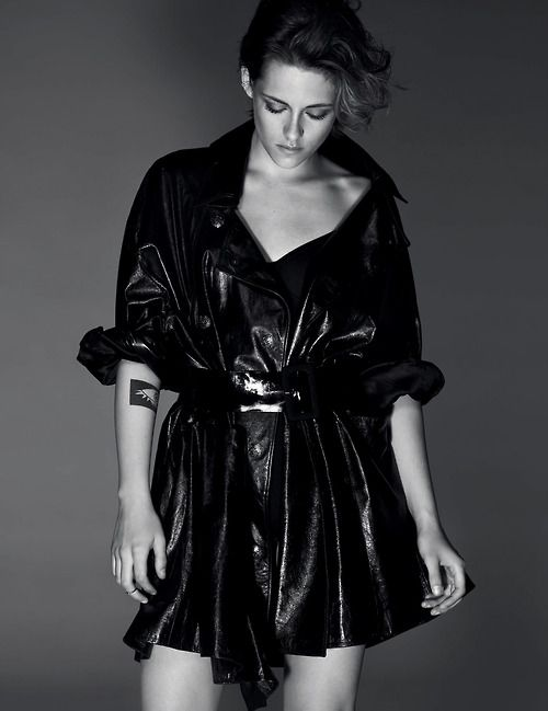 KRISTEN STEWART PHOTOGRAPHY BY DRIU CRILLY AND TIAGO MARTEL PUBLISHED IN INTERVIEW GERMANY, SEPTEMBER 2014