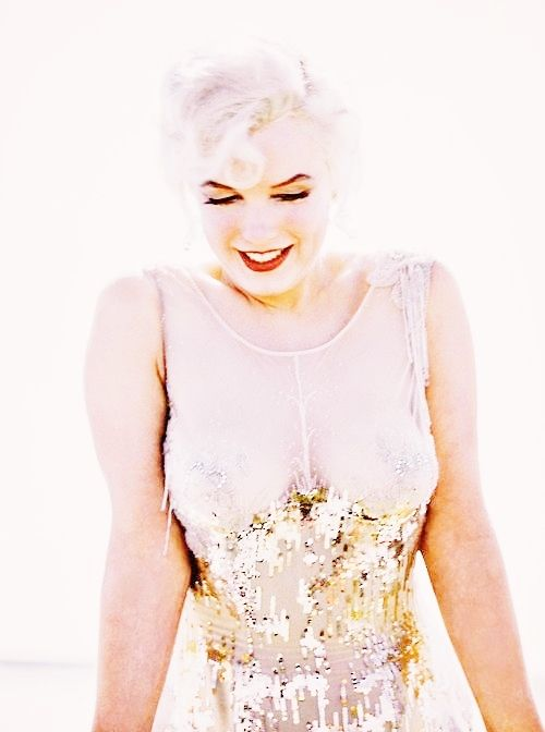 the-marriage-of-heaven-and-hell: Marilyn Monroe on the set of Some Like It Hot, 1958: