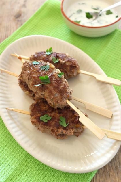Recept voor Turkse gehaktspiesjes (laat de paneermeel weg)